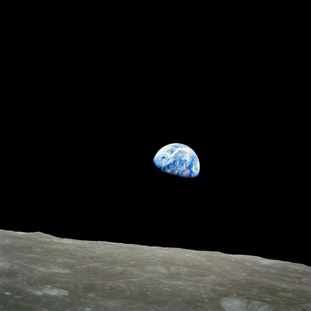 NASA-Apollo8-Dec24-Earthrise